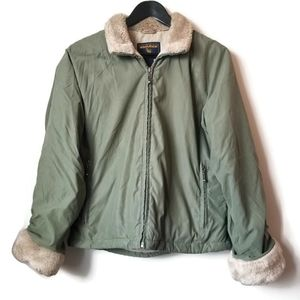Woolrich womans green jacket with fuax fur trim